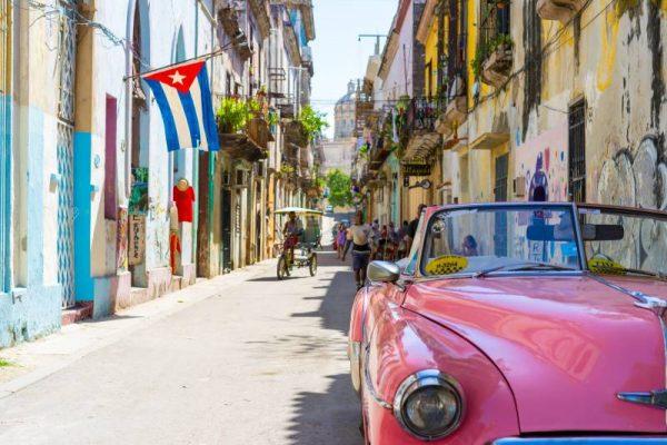 cuba-la-habana-barrio-cubano-550.jpg