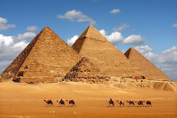 egipto-cairo-piramides-de-giza-1000.jpg