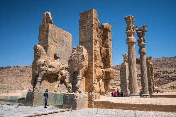 iran-persepolis-ruinas-499.jpg