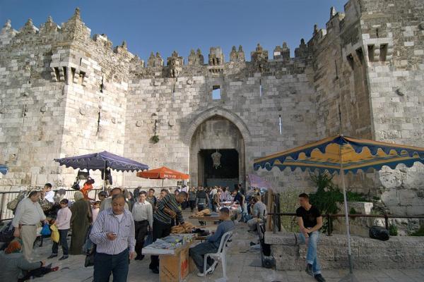 israel-jerusaln-puerta-de-damasco-57.jpg