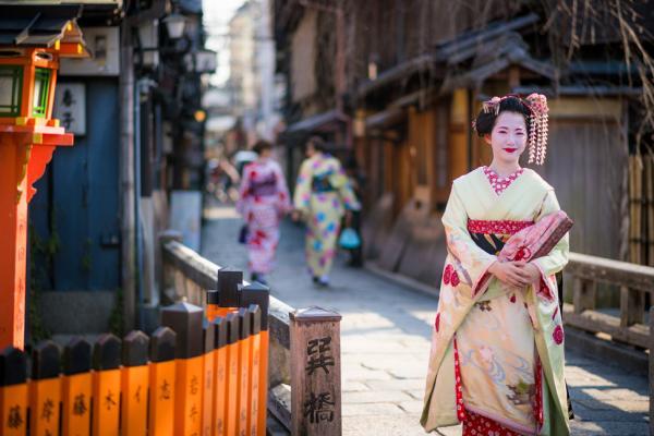 japn-kioto-el-barrio-de-geishas-de-gion-40.jpg