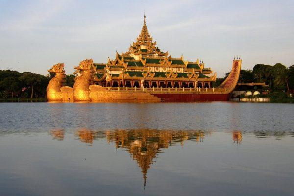 myanmar-mandalay-rio-ayarwaddy-516.jpg